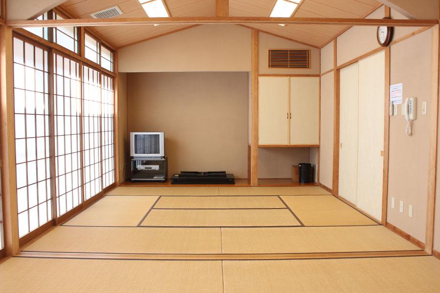 神戸市魚崎財産区 魚崎西町会館 : 和室(東)