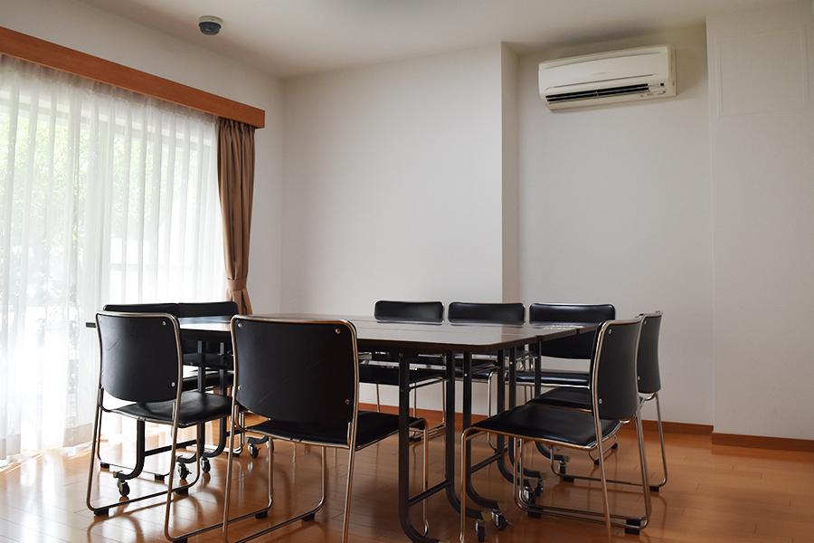 横屋会館 : 2 : 会議室(1階) : Image Gallery01